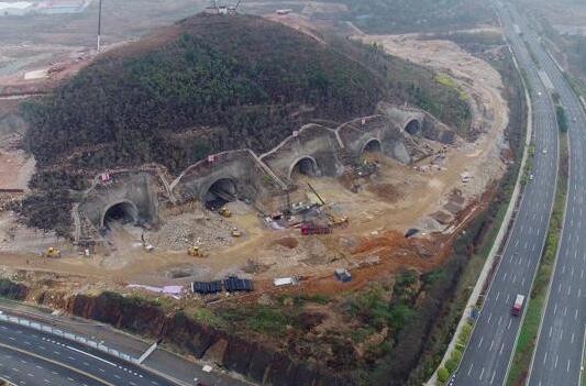 """腾讯贵州数据中心开建:""""山洞鹅厂""""首次正面曝光 idc资讯 第1张"""